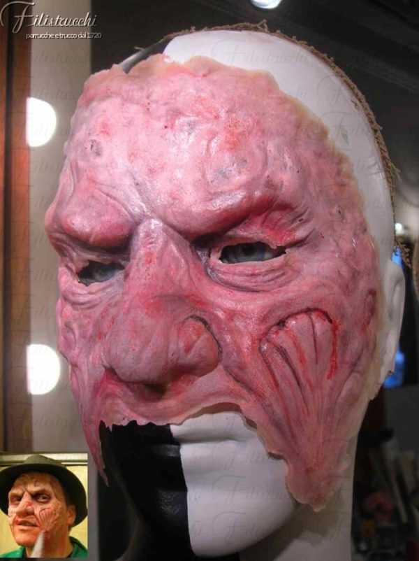 Maschera da FREDDY KRUGER art MXL001in lattice. Nella foto piccola un esempio di applicazione con trucco