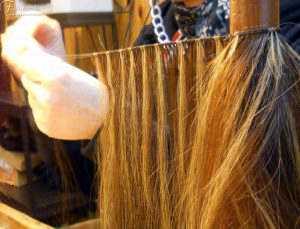 lavorazione di una parrucca: Tessitura