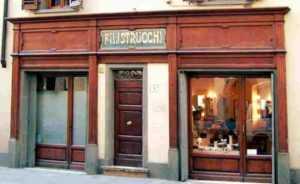 Immagine riempitivo mostra la facciata del negozio
